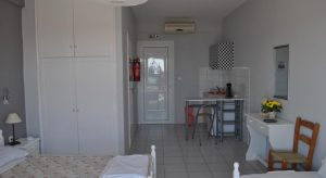 zagka-beach-hotel-papasarantopoulous-double-room-2-bed-2